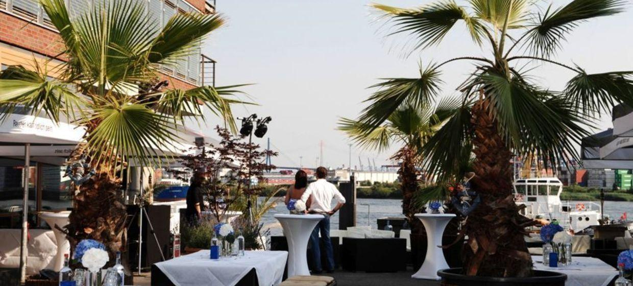 IndoChine waterfront + restaurant 3