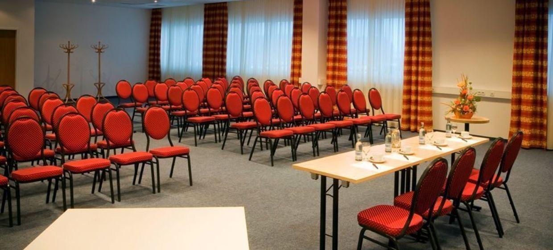 alpincenter & Van der Valk Hotel Hamburg-Wittenburg 3