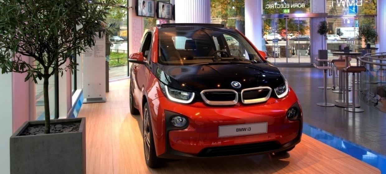 BMW Lenbachplatz  4