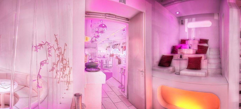 White Lounge 3