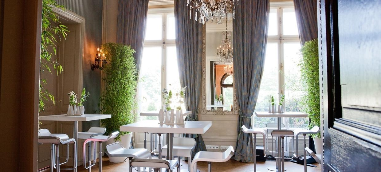 Villa Rothschild Kempinski 9