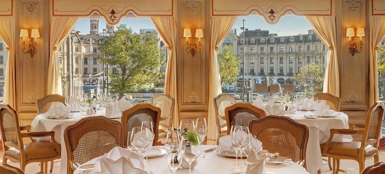Hotel & Gourmet Restaurant Königshof 1