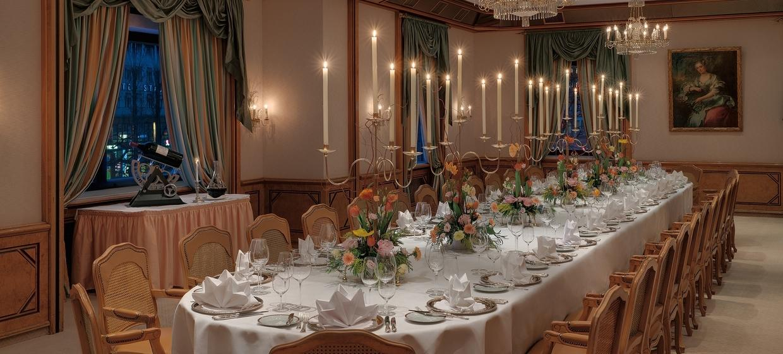 Hotel & Gourmet Restaurant Königshof 8