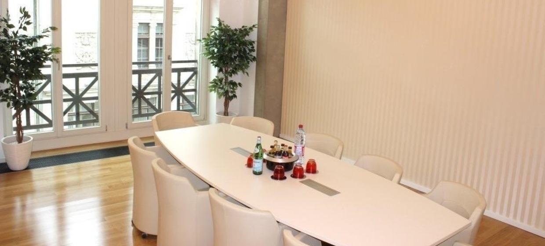 Satellite Office Business & Conference Center, Römischer Hof 2