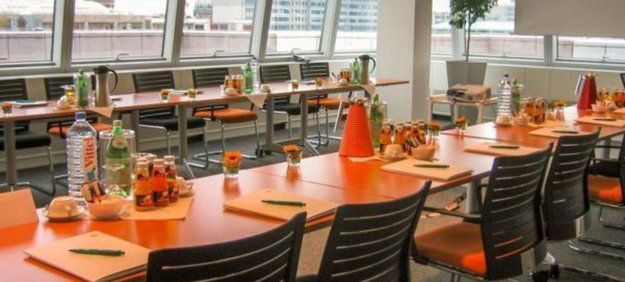Satellite Office Business & Conference Center, Friedrichstrasse 1
