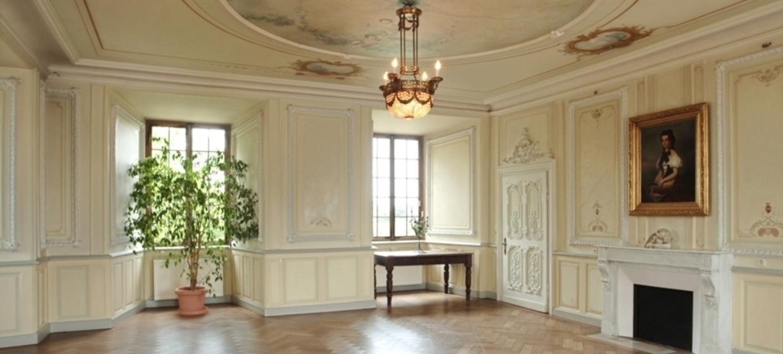 Hotel Schloss Edesheim 10