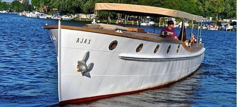 Das Lotsenboot Ajax 1