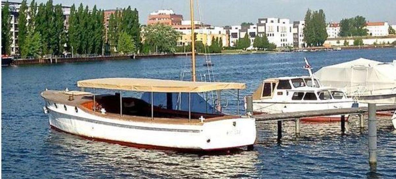 Das Lotsenboot Ajax 2