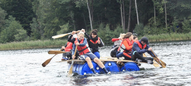 Teamevent mit Floßbau 1