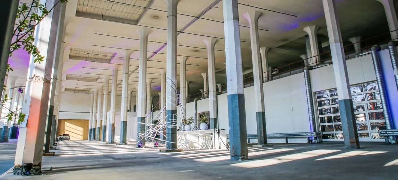 Säulenhalle 3