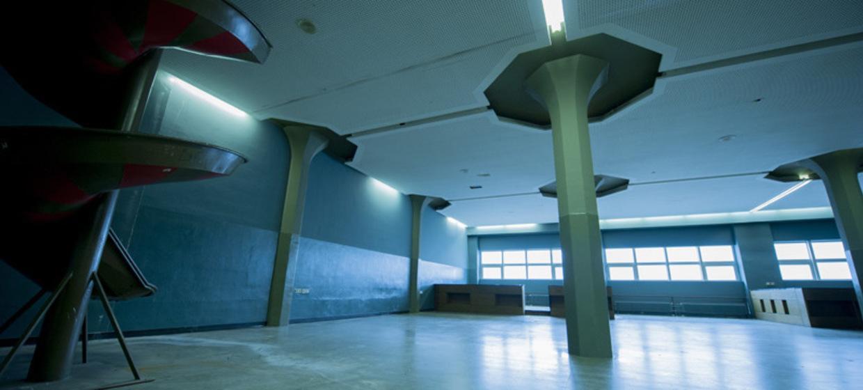 Säulenhalle 13