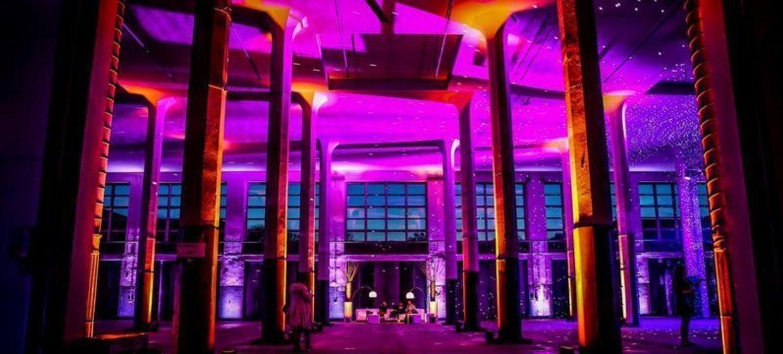 Säulenhalle 8