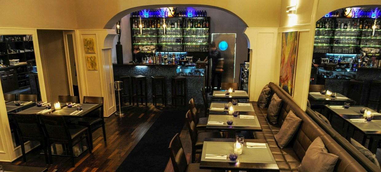 Oceans Restaurant Bar & Lounge 6
