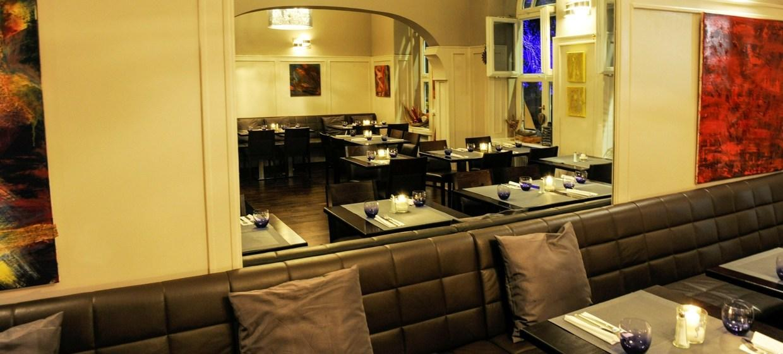 Oceans Restaurant Bar & Lounge 5