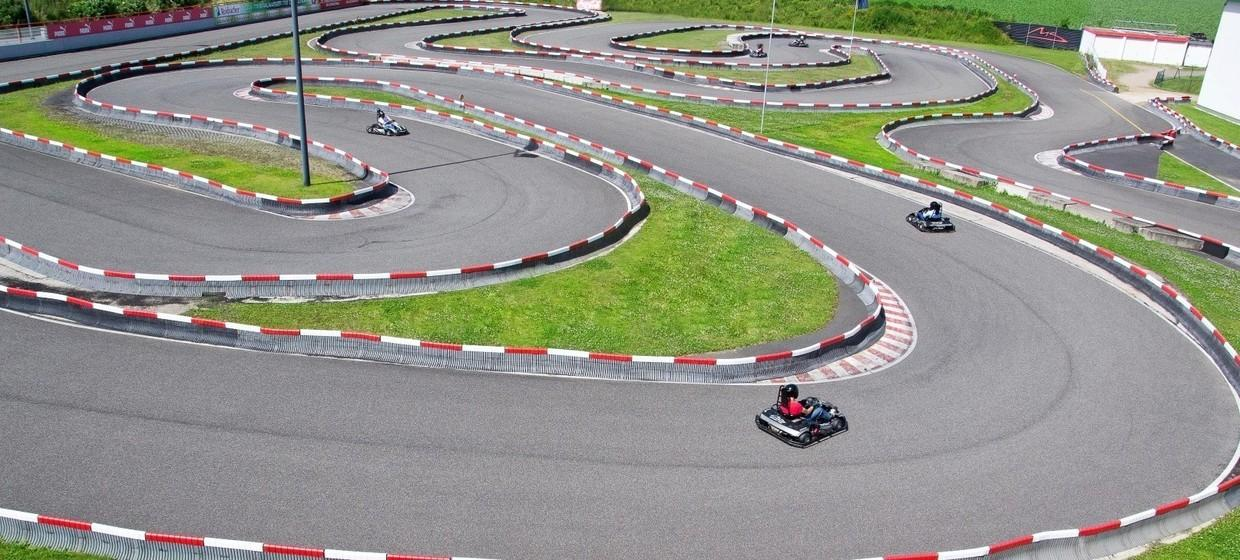 Michael Schumacher Kart & Event - Center 7