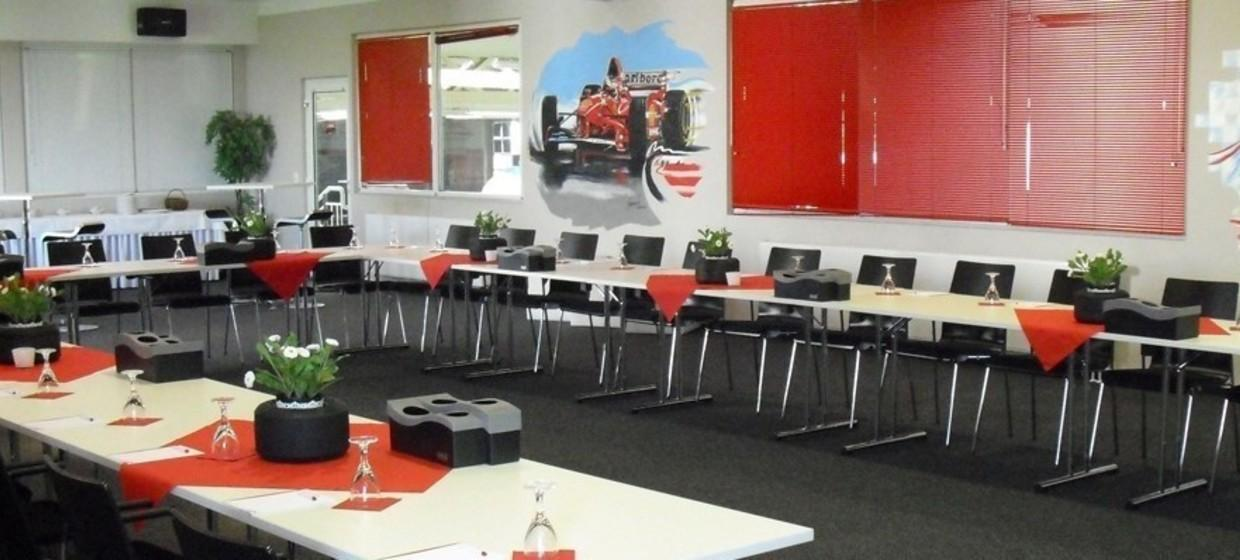 Michael Schumacher Kart & Event - Center 6