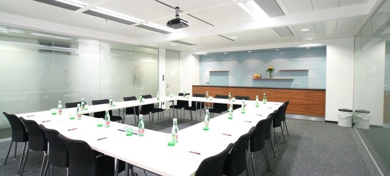 EURO PLAZA Conference Center 3