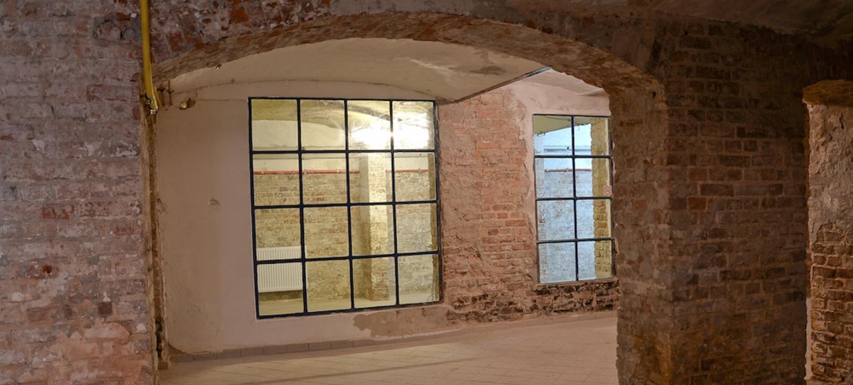 Fellini Gallery 4