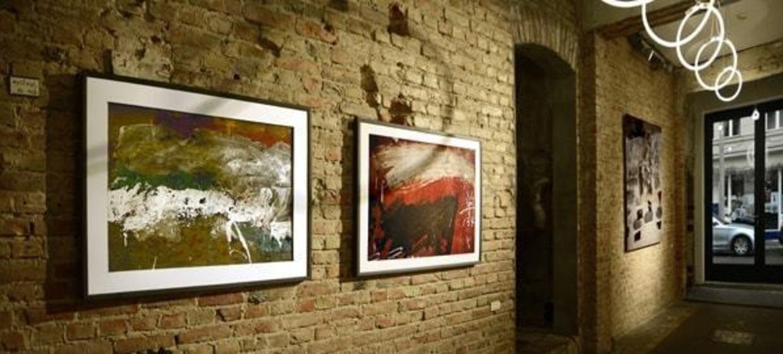 Seven Star Gallery 4