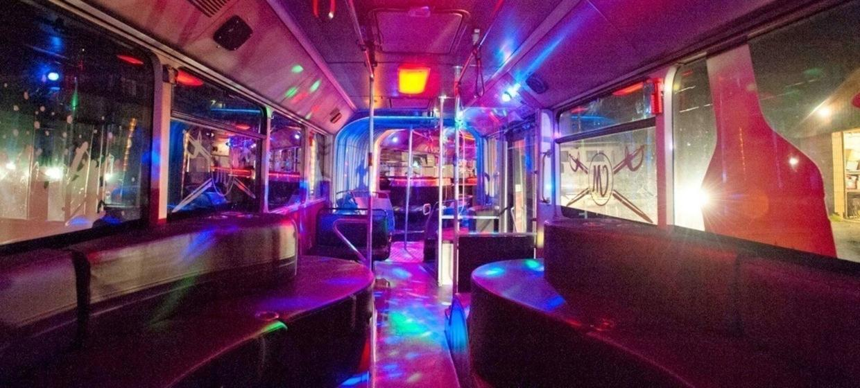Club and Line Partybus 1