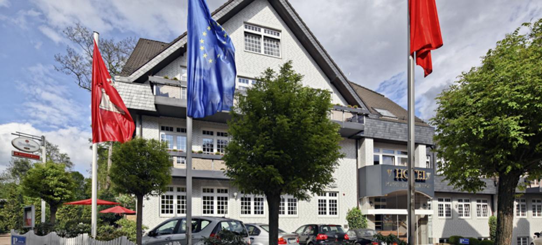 MAZZA Poppenbüttel 6