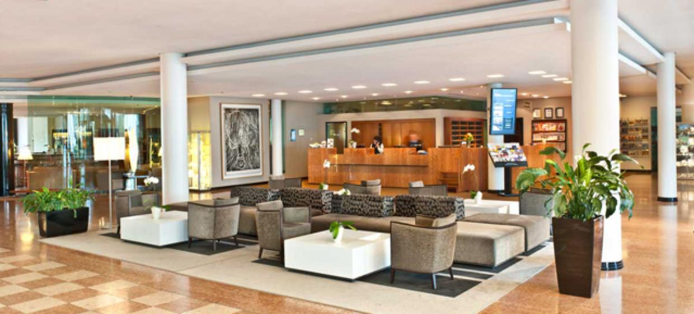 Radisson Blu Park Hotel und Conference Centre 10