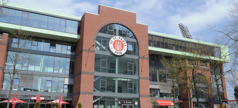 FC St. Pauli im Millerntor-Stadion 1
