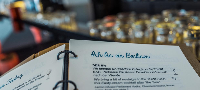 TOWN Bar | Restaurant Foreign Affairs 4