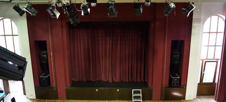 Theater28   2