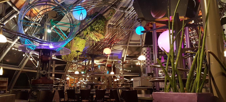 Schwerelos - das Achterbahn Restaurant Dresden 2