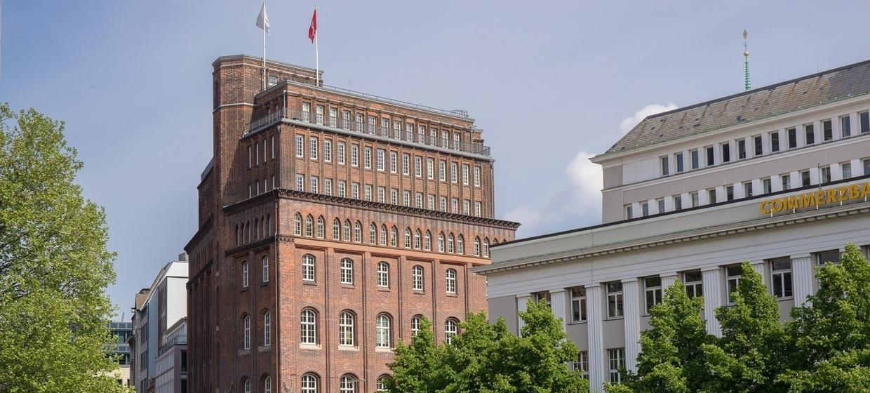 Haus der Patriotischen Gesellschaft 9