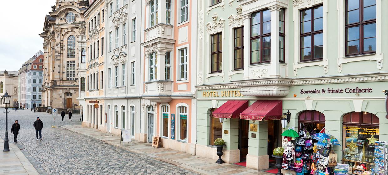 Hotel Suitess 12