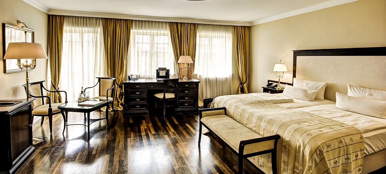 Hotel Suitess 11