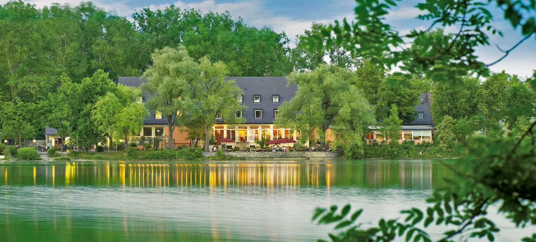 Langwieder See Hotel, Restaurant und Biergarten 1