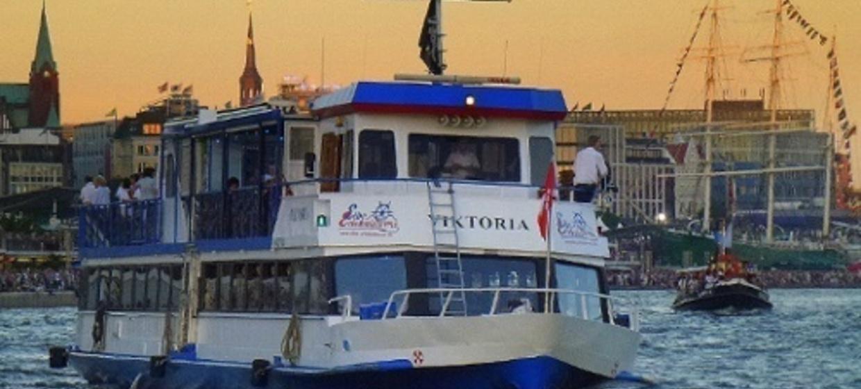 Bordparty im Hamburger Hafen 1
