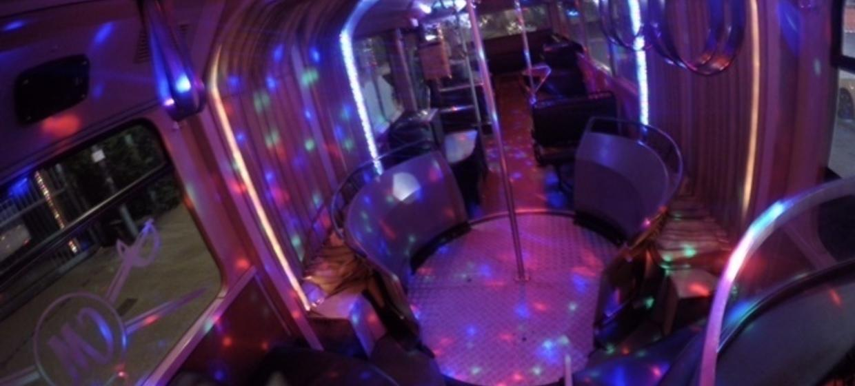 Club and Line Partybus 3
