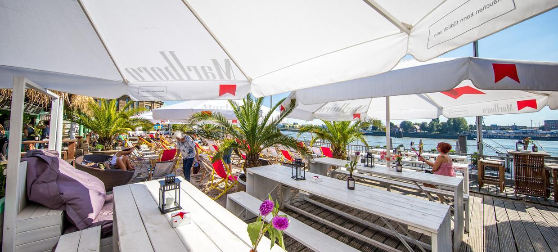 Dock 3 Beachclub 2