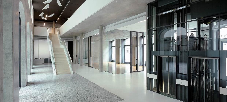 Römischer Hof - Palazzo Italia  2
