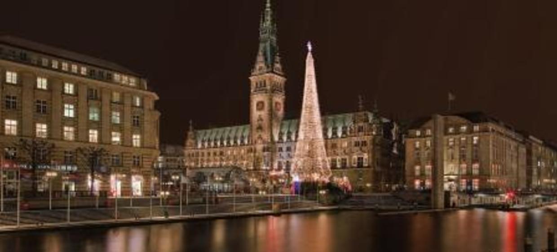 Weihnachtsfeier Hamburg Location.Stilvolle Weihnachtsfeier Im Parlament In Hamburg Restaurant