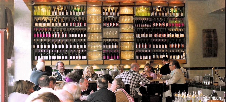 Rotisserie Weingrün 3