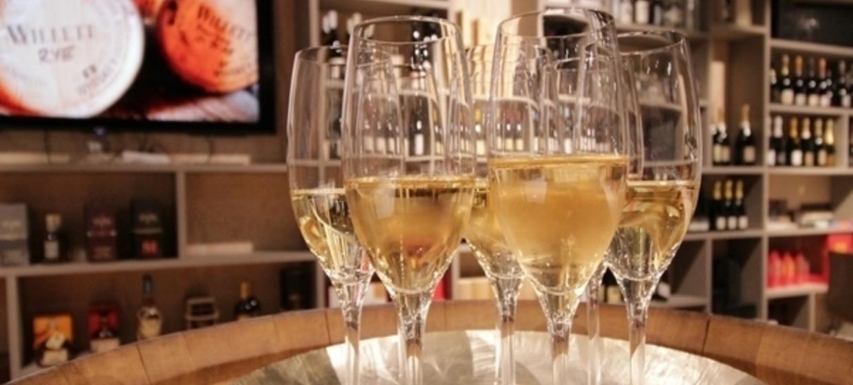 Team Wettbewerb Wein & Spiele 4