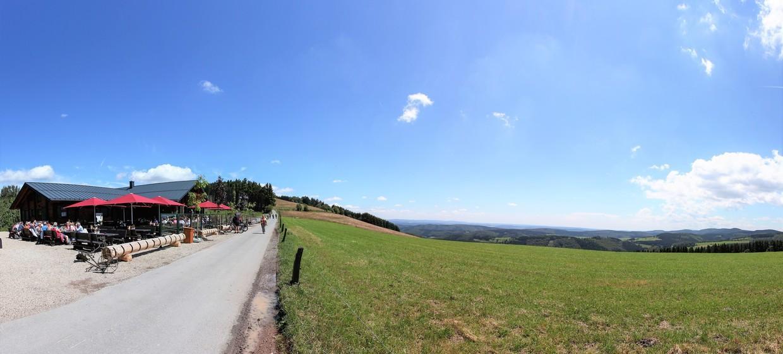 Graf Stolberg Hütte an der Diemelquelle  8