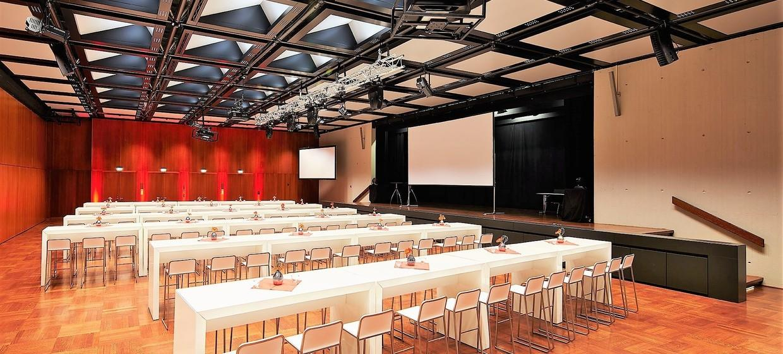 Das K - Kultur und Kongresszentrum 8