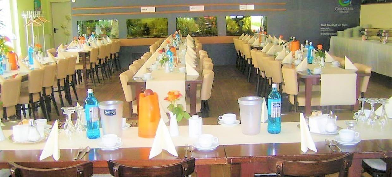 Restaurant Tower Café am Alten Flugplatz 10