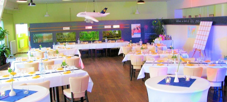 Restaurant Tower Café am Alten Flugplatz 3