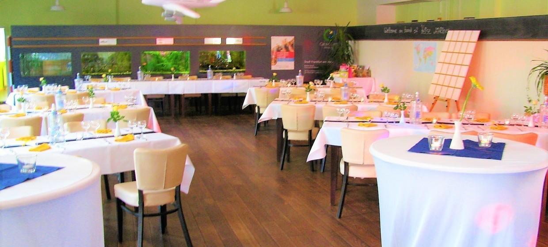 Restaurant Tower Café am Alten Flugplatz 7