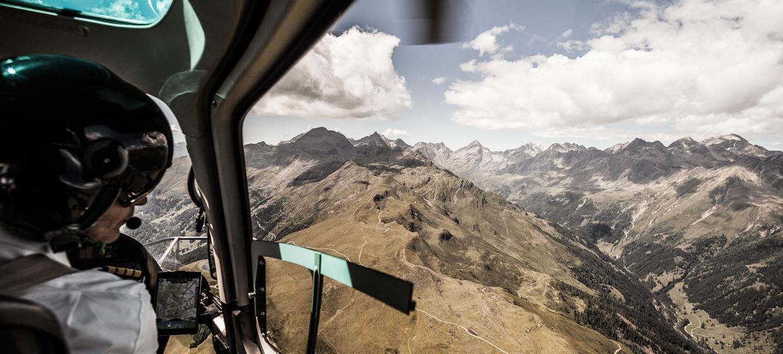Hubschrauberflüge, Gourmetflüge, Rundflüge, VIP Shuttle, Fallschirmflüge 1