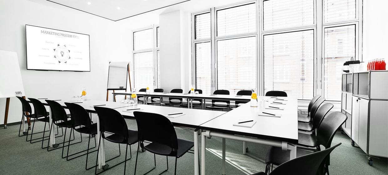 BAZE Business Center & Seminar Location 4