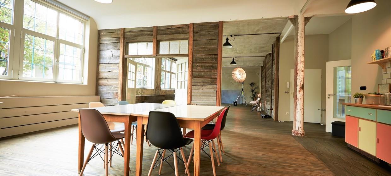 Highnoon Home Studio 1