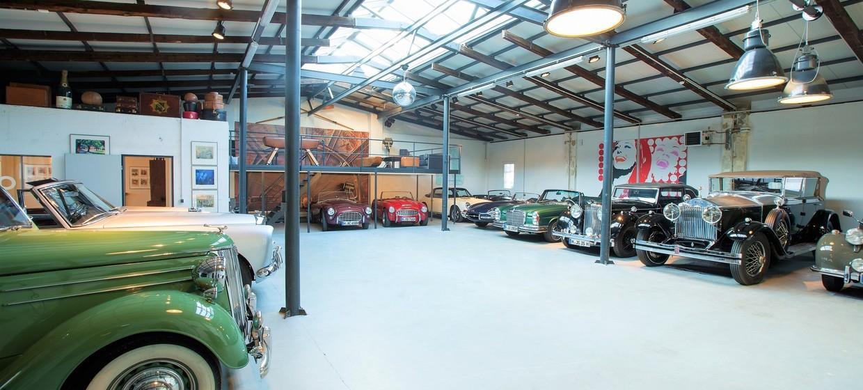 Classic Car Loft 1